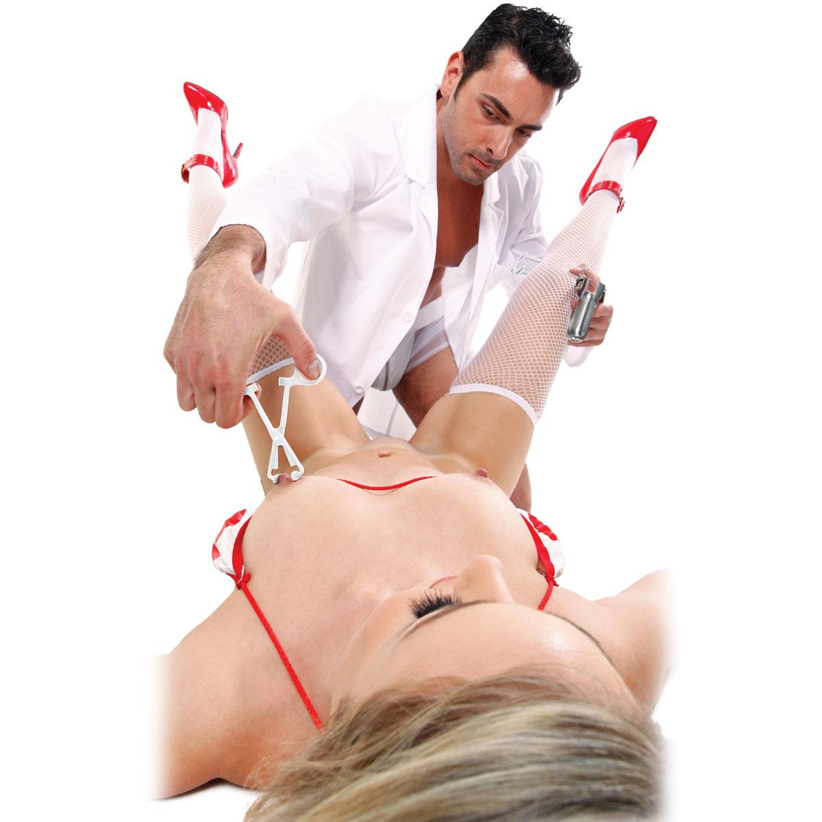 Секс игры в гинеколога 2 фотография